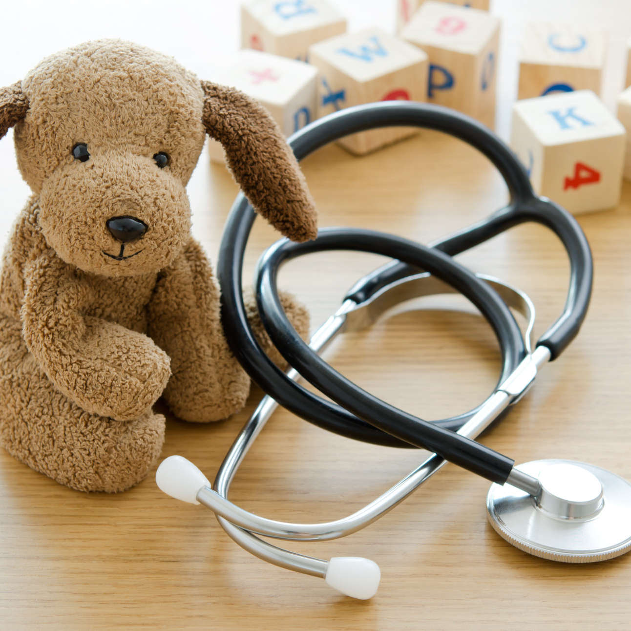 Pediatrics.,Puppy,Toy,With,Medical,Equipment